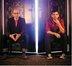 """NYC's indie-pop-rockers HAPPY ENDING, to release new album """"Turn It On"""" on March 5"""