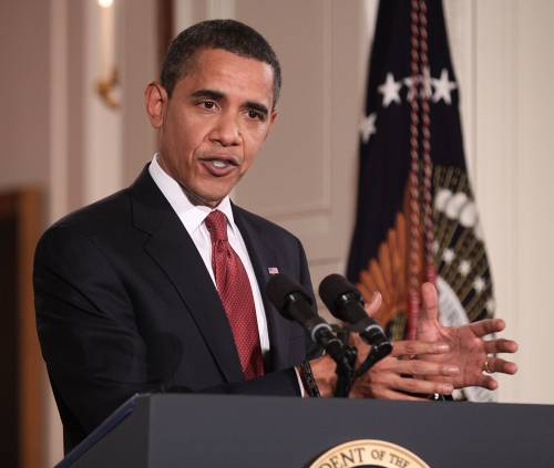 President Obama called on the Senate to pass law restricting corporate political contributions