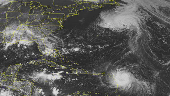 Hurricane Earl is becoming major Category 3 hurricane