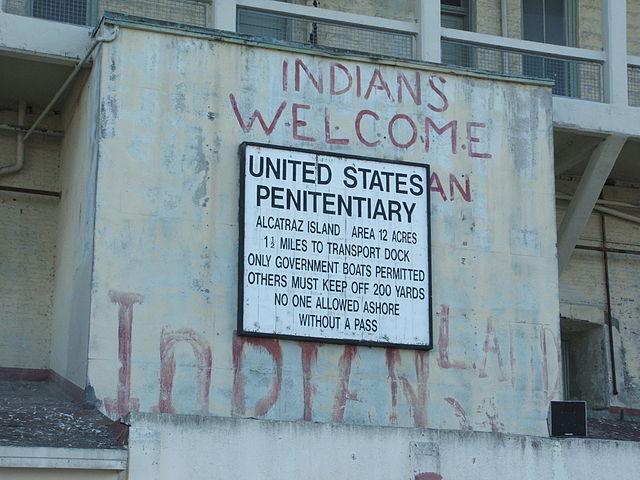 640px-Alcatraz_Island_01_Prison_sign