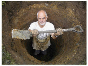 man_in_a_hole_with_shovel
